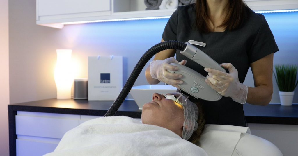 picture of lynton IPL treatment being carried out on clients face